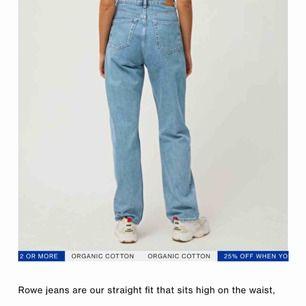 Skitsnygga jeans från Weekday, style row. Använda en gång. 💕