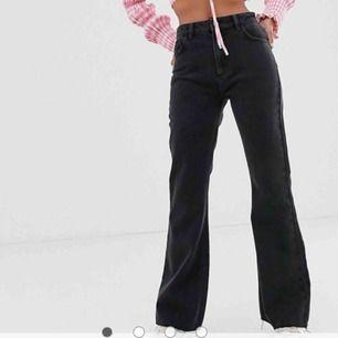 Snyggaste jeansen från reclaimed vintage, så snygg fit men tyvärr lite korta för min smak :(
