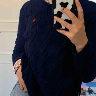 Super fin mörkblå ralph lauren tröja!  Köpare står för frakten🌼🌻🧸