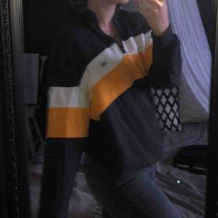 Cool och mysig tröja ✨