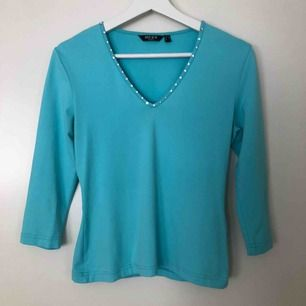 Trekvartsärmad turkos tröja från Mexx. Storek M men passar också S. 50kr + frakt 💞
