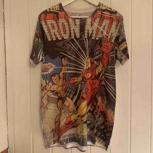 Min Marvel-t-shirt är till salu!