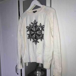 Superfin tröja från H&M i strl S  Möts i Sthlm, annars betalar köparen frakt. Tar endast swish :)