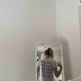 Alldrig använt denna nakd t-shirt förutom på bilden.