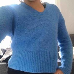 Härligt blå tröja från h&m!