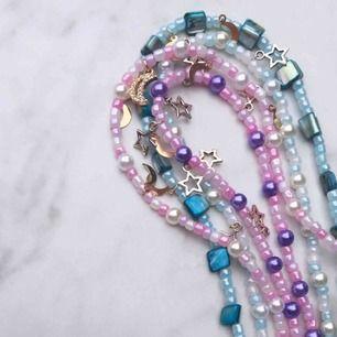 Hej! Jag säljer handgjorda smycken på min instagram sida @yougojewelry 😍😍 Kika gärna in de!! Ni kan beställa här också😊❤️