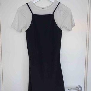 Supergullig klänning ifrån River island❤️