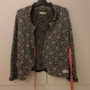 Säljer min odd Molly tröja då den inte använts på ett flera år. Priset går att minska!