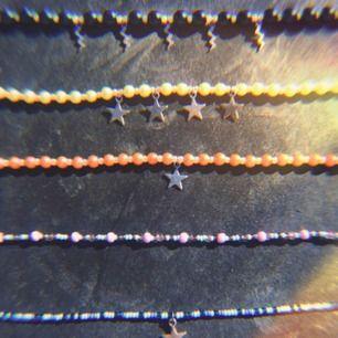 Handgjorda halsband! 100kr/st🍭😊 frakten ingår!🤪 följ Ig! @ Byymarre
