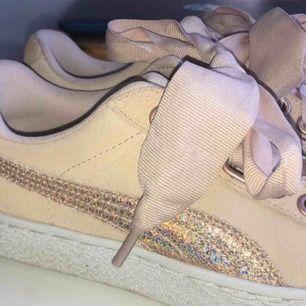 skit snygga Puma skor, använda 1 gång. frakt tillkommer 💞💞