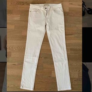 Snygga jeans från zara, använda en gång