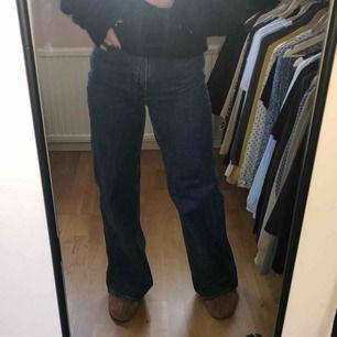 Weekday jeans! Model: ACE Vida hela vägen ner, jättesnygga!