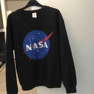 Snygg sweatshirt från Nasa