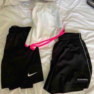 3-pack shorts (2 från Nike, 1 från Stanno)! Frakt tillkommer.