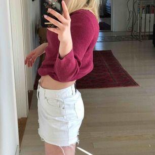 SÅ snygg kjol från Detroit🤭Dock för liten (kort) på mig...😢Storlek 158 men passar xxs/xs.