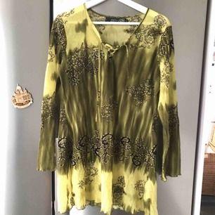 Super fin tunika /klänning strl s kan passa m med!  Frakt 24 kr