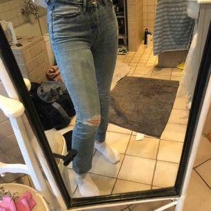 Blåa jeans från Lager 157. Frakt tillkommer!!