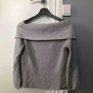 Jättemysig och fin stickad tröja, köpare står för frakt 🥰
