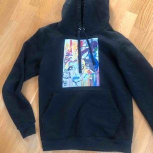 Asball hoodie från the cool elefant, använd typ 2 gånger så i nyskick.