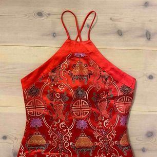 Så cool klänning, köparen står för frakten💕