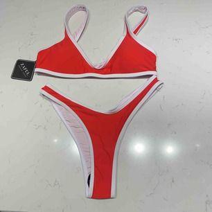 Superfin helt ny röd bikini från zaful! Bikinin är aldrig använd. Både över och underdelen är i storlek S❤️