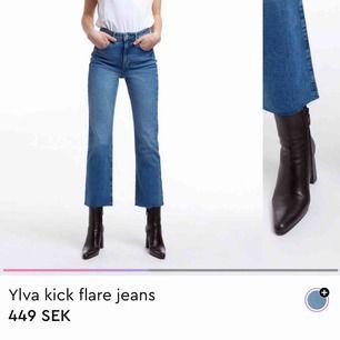 Jeans från Gina tricote, använda 1 gång. Sitter så snyggt på och går att klippa av kortare om man vill.