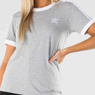 Säljer min adidas t-shirt pågrund av att den längre inte kommer till användning. Använd sparsamt och fläckfri. Kan eventuellt gå ner lite i pris.