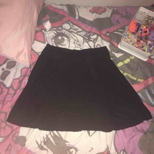 This is something I bought but never wear so I thought I could sell it