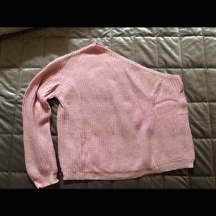 Super fin tröja från nelly, storlek M men passar en S-M