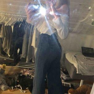 Assnygga jeans från shein, sitter perfekt på mig som är ca 166 lång
