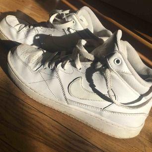 Sneakers Köparen står för frakten