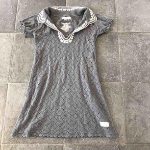 Söt stickad klänning från odd Molly passar från xs -s  Frakt 60 kr