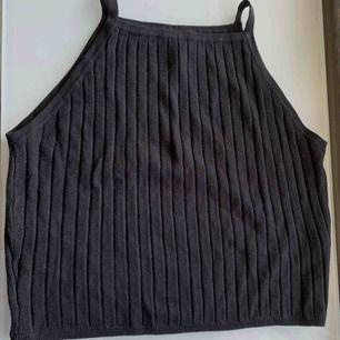 Vanlig svart croptop linne från hm.