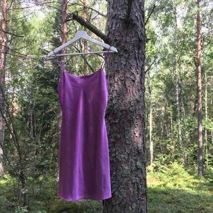 Lila klänning/nattlinne! Superfin men kommer inte till användning
