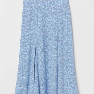 Vadlång kjol från hm! Kollektionen 2019!