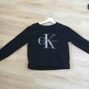 Svart Calvin klein sweatshirt  Stl. S 150kr + frakt