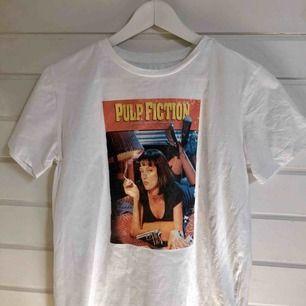 T-shirt gjord av mig med Pulp fiction tryck som motiv.
