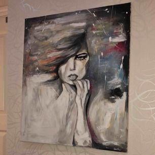 Skulle se ifall någon är intresserad av denna handmålade tavla målad av min vän.. det stående priset är mind 500kr därav material osv men högsta pris vinner..