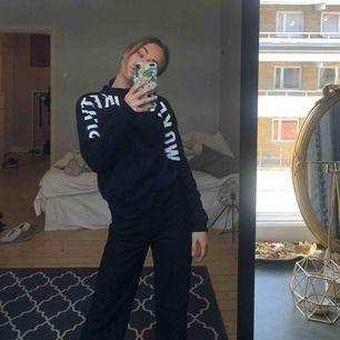 "Sweatshirt med text ""I woke up like this"" Frakt tillkommer"