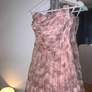 Fin klänning 200kr + frakt 📦
