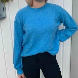 Blå stickad tröja från Vero Moda