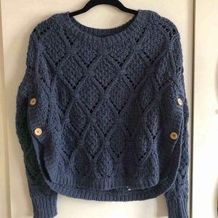 Såååååå fin tröja från ONLY! Superfint skick. Kommer tyvärr inte till användning längre🙁