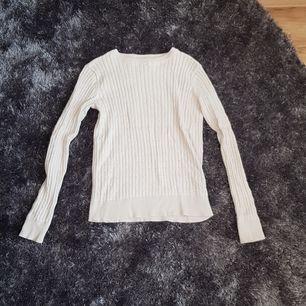 Beige tröja från Cubus, nyskick storlek XS