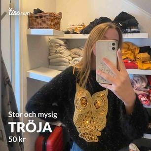 Jättemysig tröja med Uggla på🥺 Frakten ingår ej! 🥰