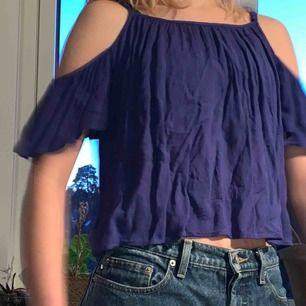 Jättefin sommarlinne i jättefin blå färg!!💙 perfekt till sommaren!!