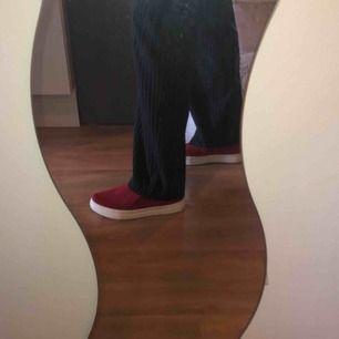 Säljer dessa fina skor från Bergqvist skor!🥰 använda en gång och säljer pga fel storlek. Nypris 1000kr! ☺️