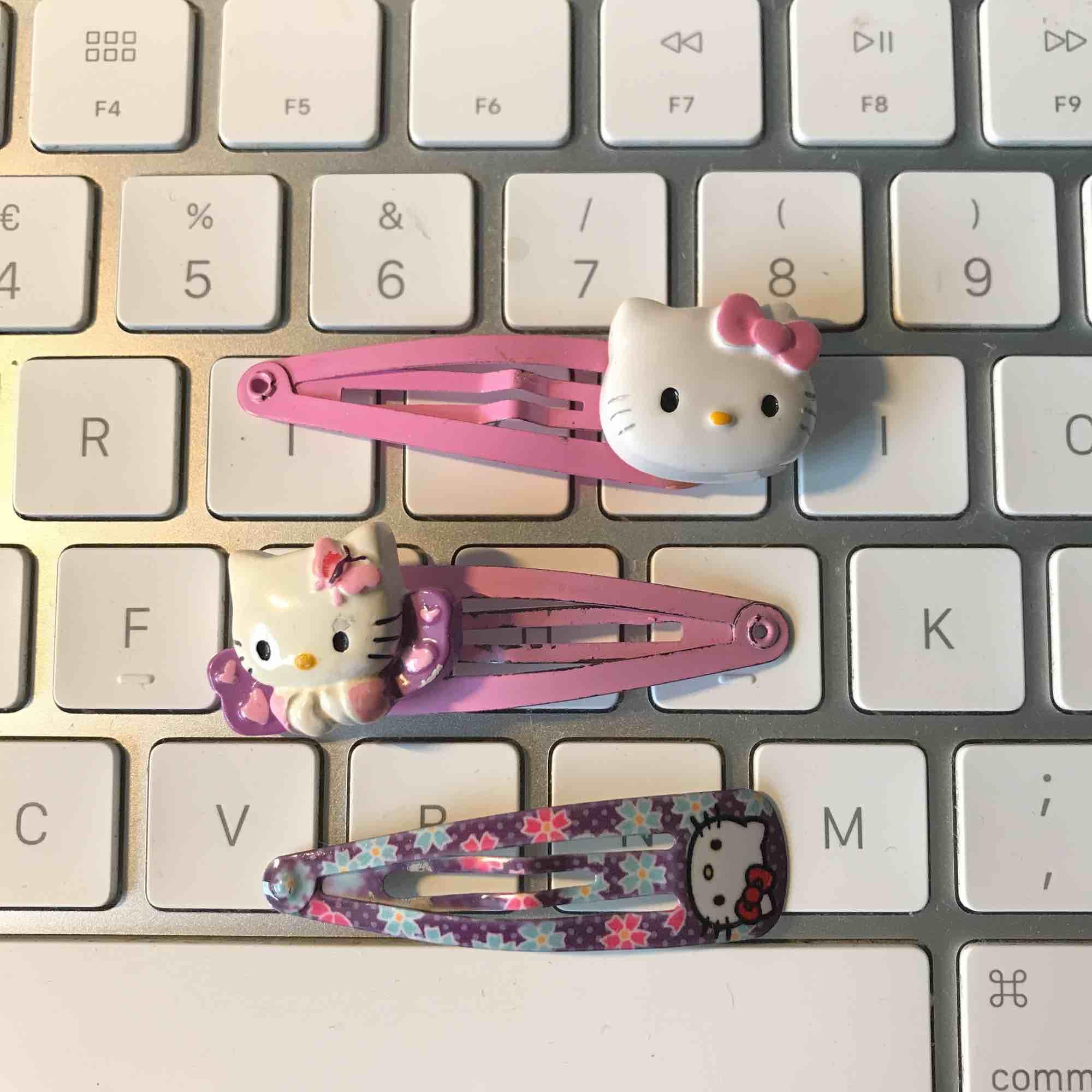 Hello Kitty hårspänne💘💕. Accessoarer.