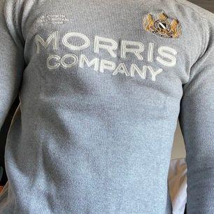 Nästan oanvänd Morris tröja, i storlek small. Bra skick. Inköpt för : 1100 pris: 700