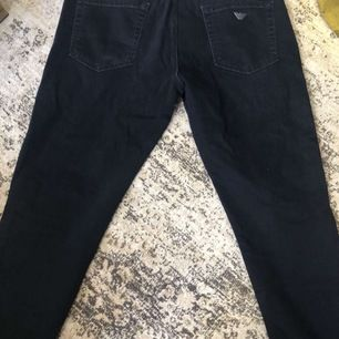 Armani jeans fräscha ej slitna. Och hugo boss jeans 400 styck eller 700 för båda.