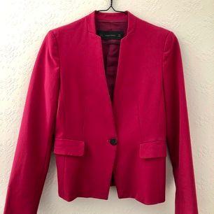 Purple Zara blazer, perfect conditions, size S. Shipping included